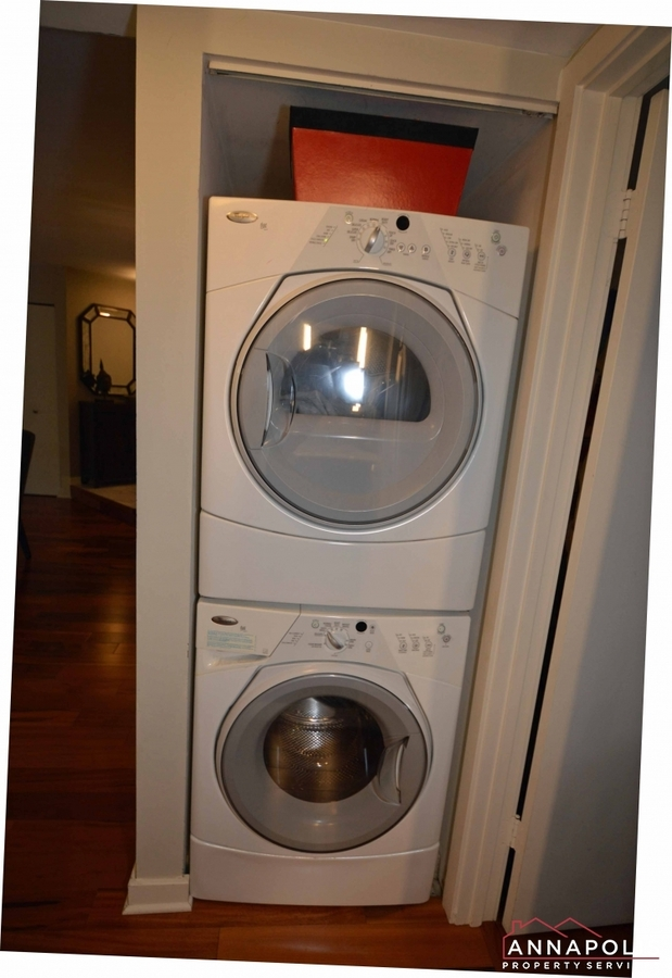 2016-quay-village-ct-t2-id992-washer-and-dryer-vert