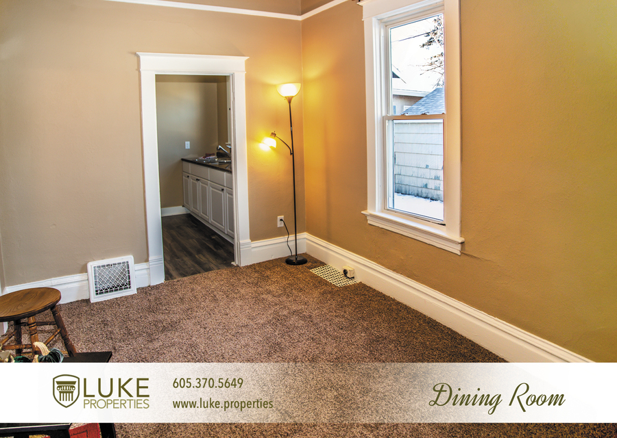 Luke-properties-803-s-main-ave-sioux-falls-sd-57104-house-for-rent-dining-room