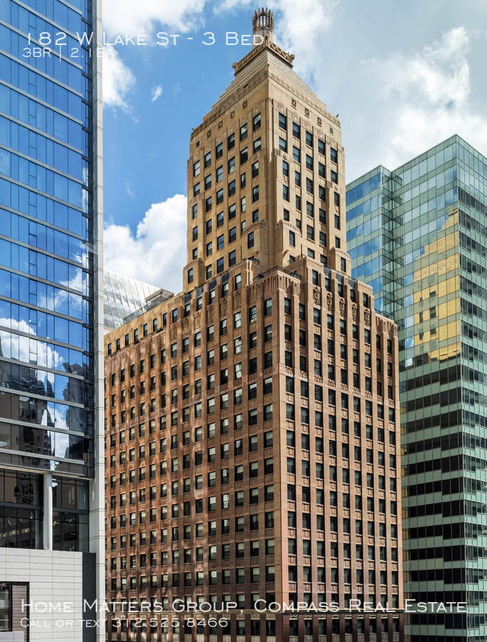 Century tower    main building image    chicago loop apartments for rent