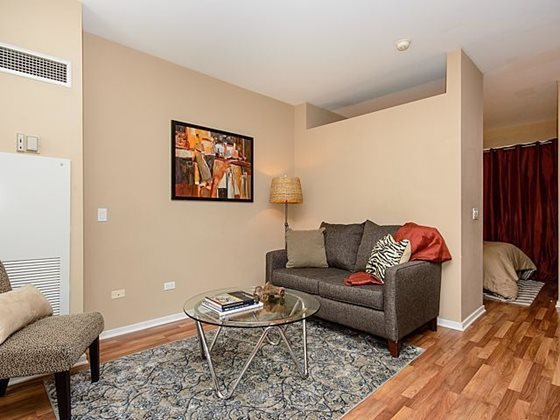 Century_tower_apartments_for_rent_in_the_loop_-_studio_and_convertible_floor_plans_with_seperation