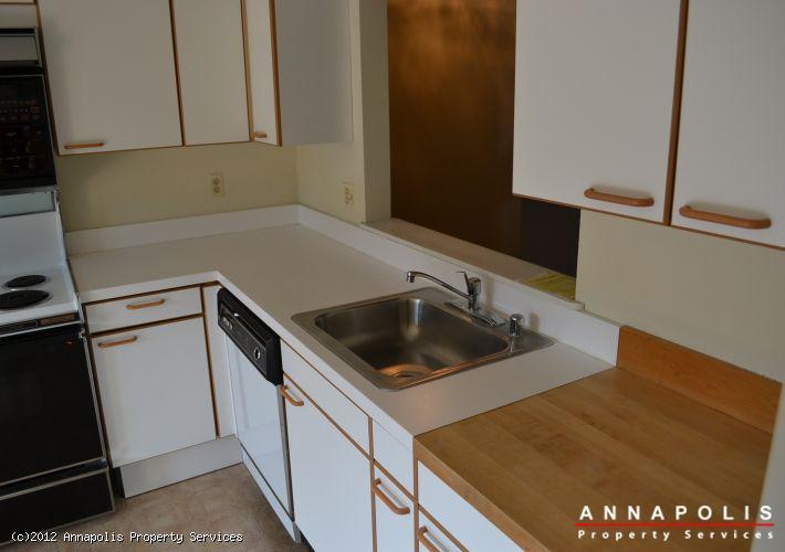 2102-chesapeake-harbor-kitchen-c-1347485594-id25