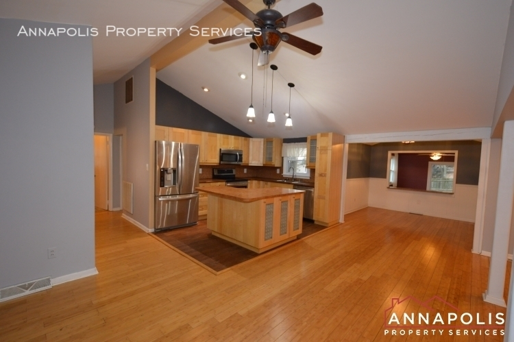 1066 broadview drive id997 kitchen and dining%281%29