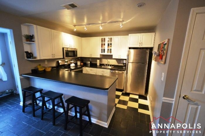128-dumbarton-drive-id785-kitchen-a