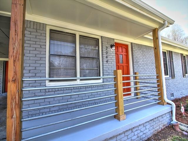 2_front_porch