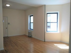 212-grand-st-unit-4b-new-york-ny-building-photo