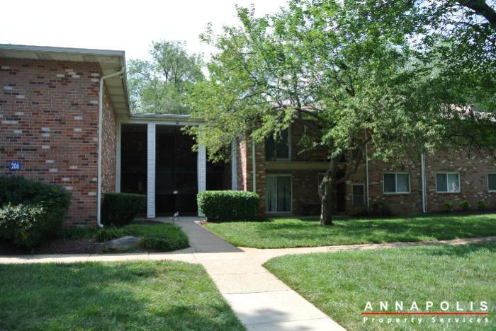 206-e-victor-parkway-id650-front-b