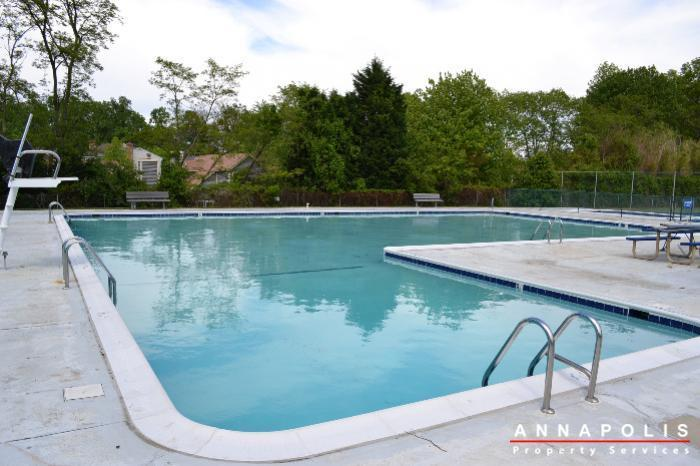206-e-victor-parkway-id650-pool-a