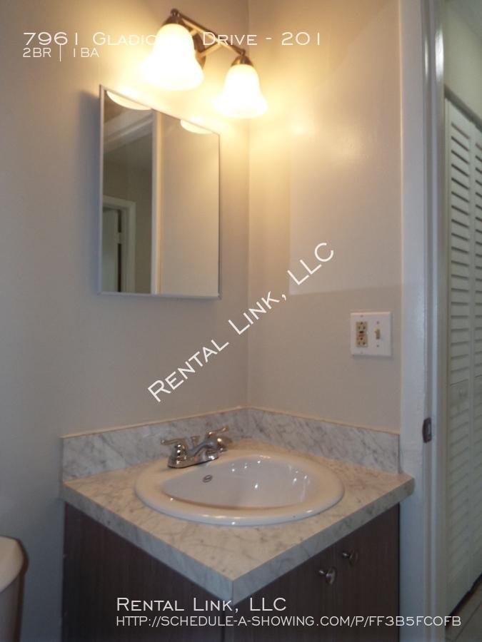 7961 Gladiolus Drive - 201, Fort Myers, FL 33908 | Rental ...