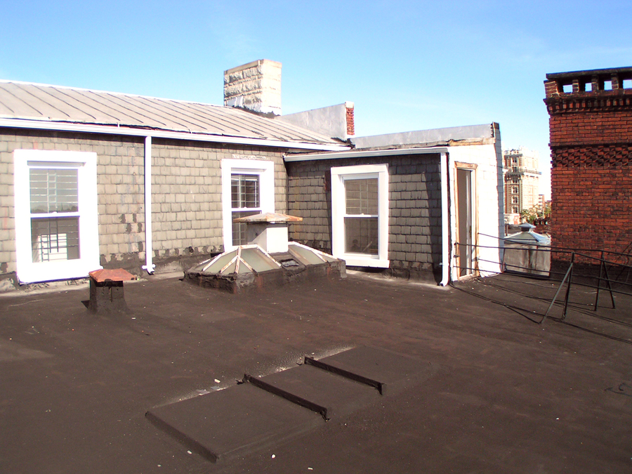 1810-410_roof