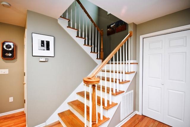 En_stairs_lg