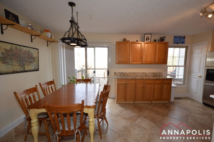 8606-pine-meadows-drive-id1000-kitchen-and-dining-b-(1)