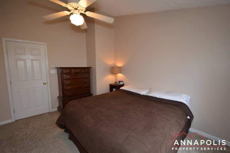8606-pine-meadows-drive-id1000-master-bed-b(3)