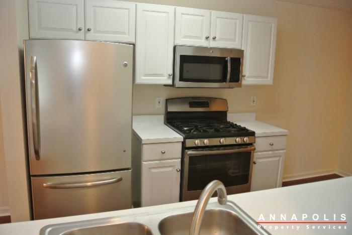 653-burtons-cove-way-7-id657-kitchen-c