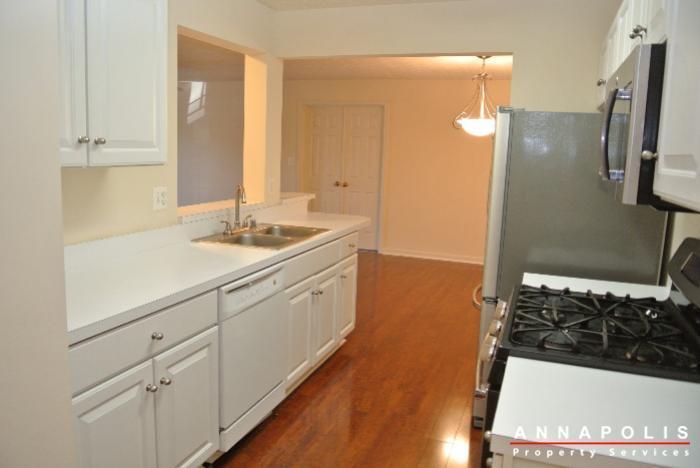 653-burtons-cove-way-7-id657-kitchen-d