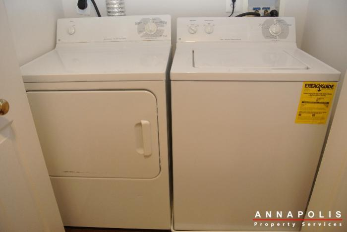 653-burtons-cove-way-7-id657-washer-and-dryer