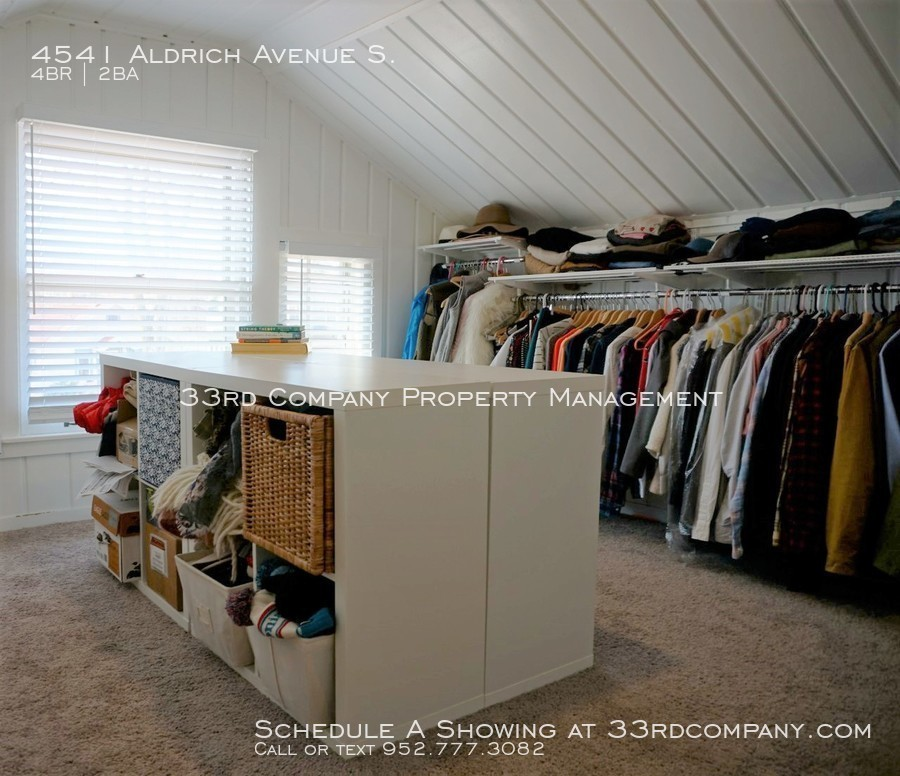 26_-_bedroom-4_closet_