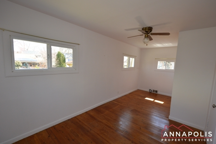 1720-forestville-road--id1003-bedroom-1a(1)