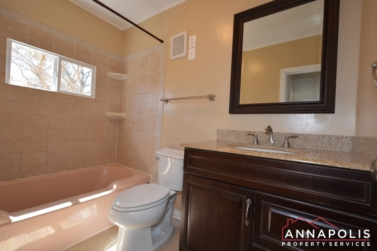 1720-forestville-road--id1003-bathroom-a(1)