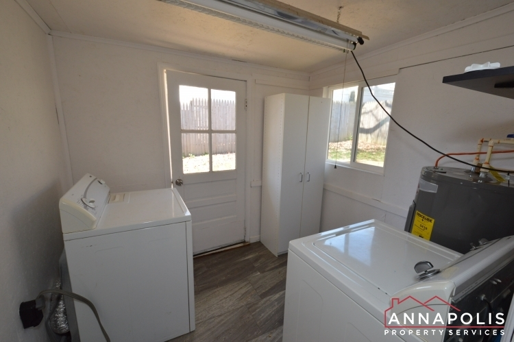 1720-forestville-road--id1003-washer-and-dryer