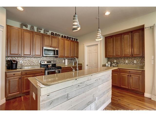 10924 kitchen