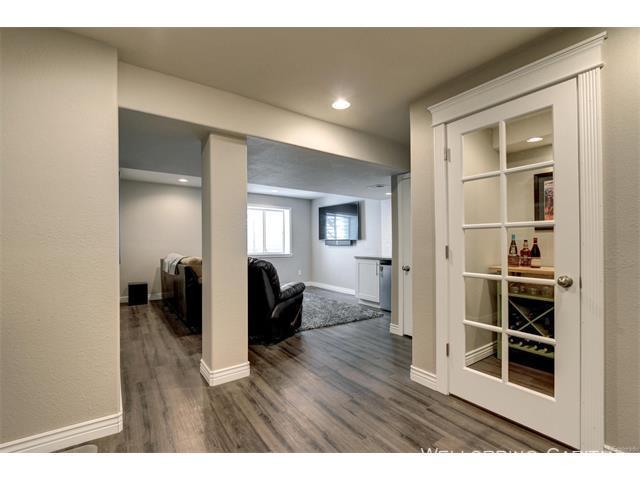 10924 basement wine room