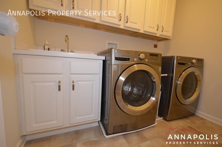 7948 monrovia drive id1008 washer and dryer
