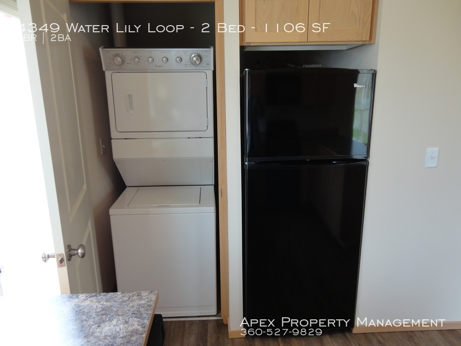 4335  201 washer dryer fridge