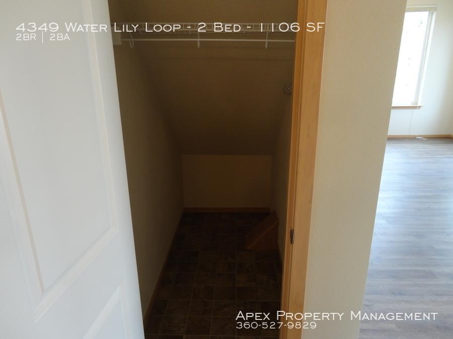 4335  201 storage under stairs