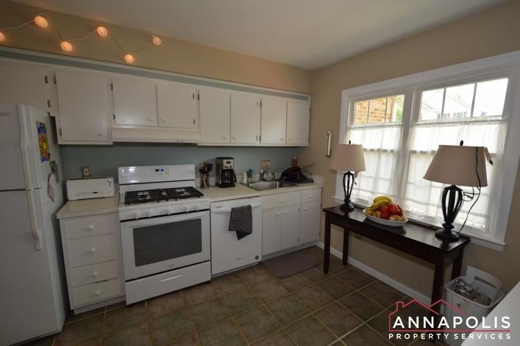 90-dewey-drive-id1013-kitchen-a