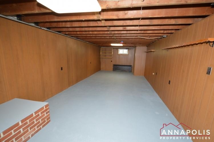 1008-tudor-drive-id1014-basement-a