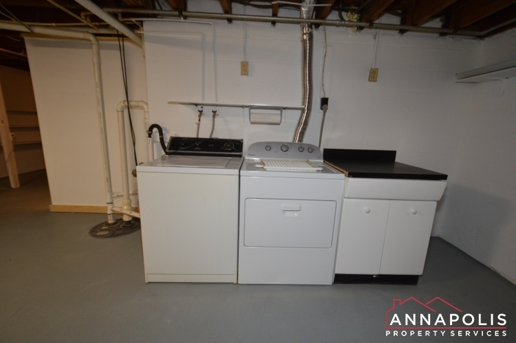 1008-tudor-drive-id1014-washer-and-dryer-a