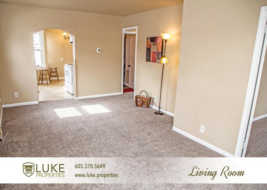 Luke properties 1117 s van eps sioux falls sd 57105 house for rent 1