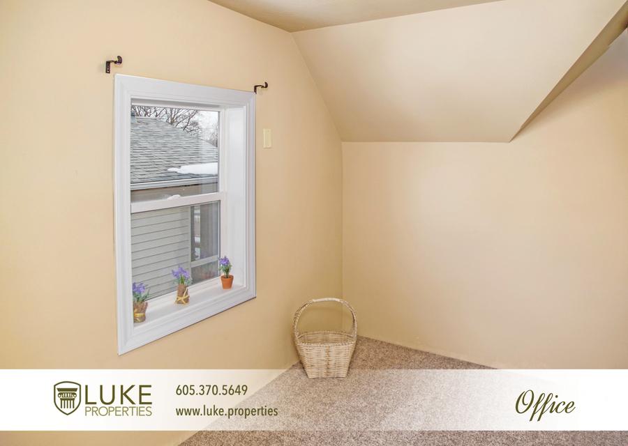 Luke properties 1117 s van eps sioux falls sd 57105 house for rent 110