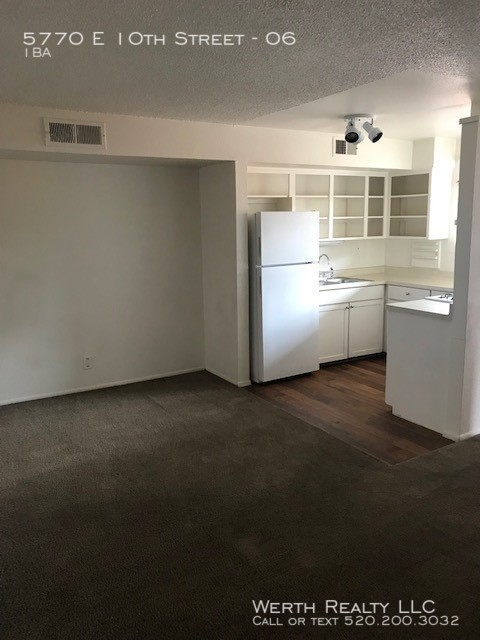 5770__27_living-kitchen