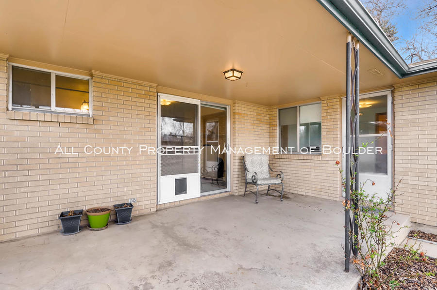 1242_sumner_st_longmont_co-large-034-41-patio-1500x999-72dpi