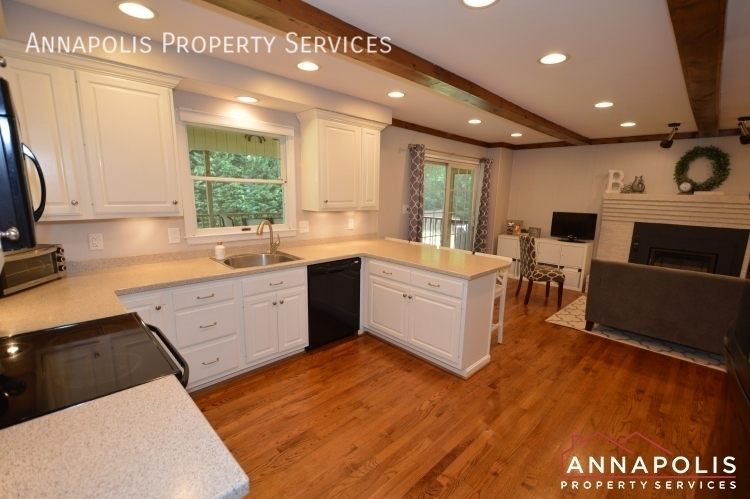 106 giddings ave id1030 kitchen e