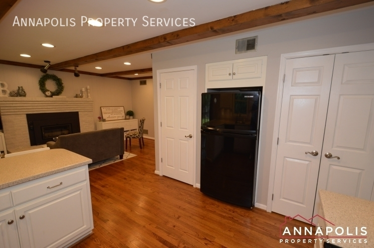 106 giddings ave id1030 kitchen d