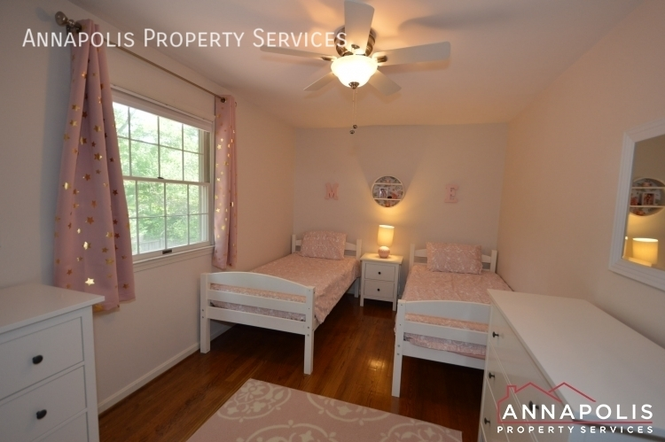 106 giddings ave id1030 bedroom 3a