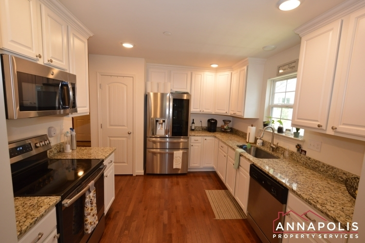 537-kenmore-rd-id1032-kitchen-a