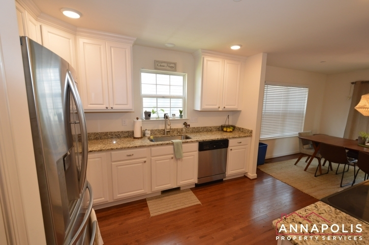 537-kenmore-rd-id1032-kitchen-c(3)
