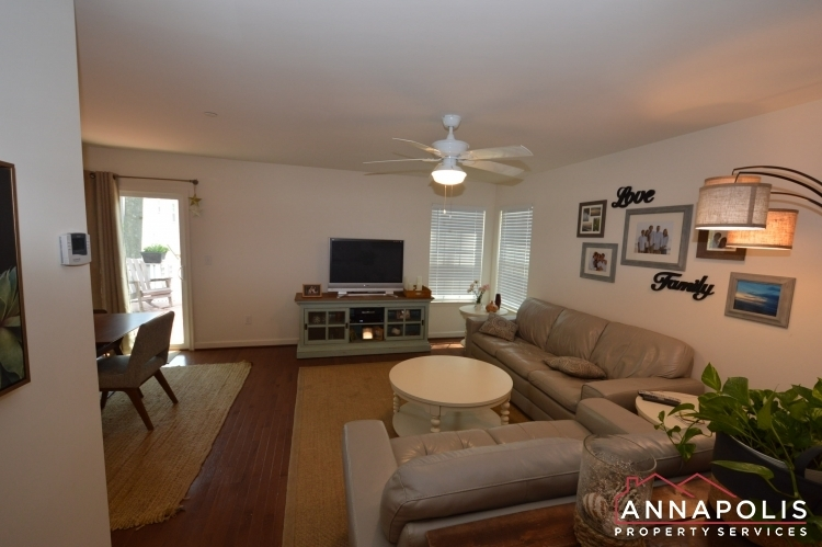 537-kenmore-rd-id1032-living-a(6)