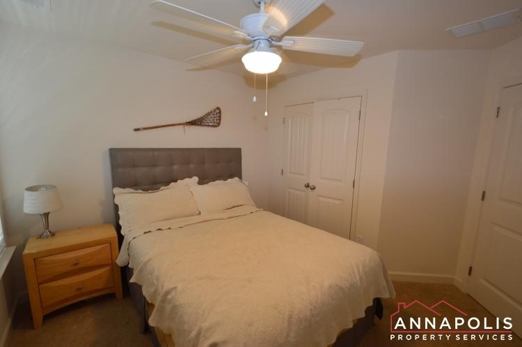 537-kenmore-rd-id1032-bedroom-2b