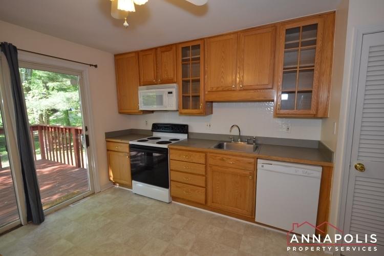 118-lee-drive-id723-kitchen-ann(1)