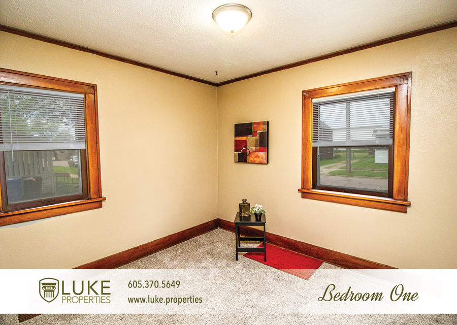 Luke properties 915 w 12th st sioux falls sd 57104 house for rent5