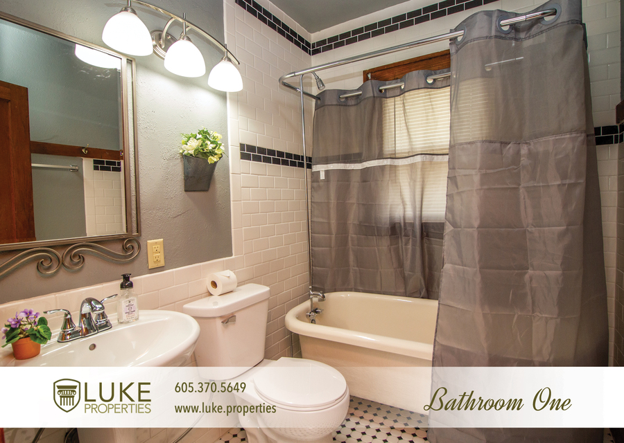 Luke properties 915 w 12th st sioux falls sd 57104 house for rent7