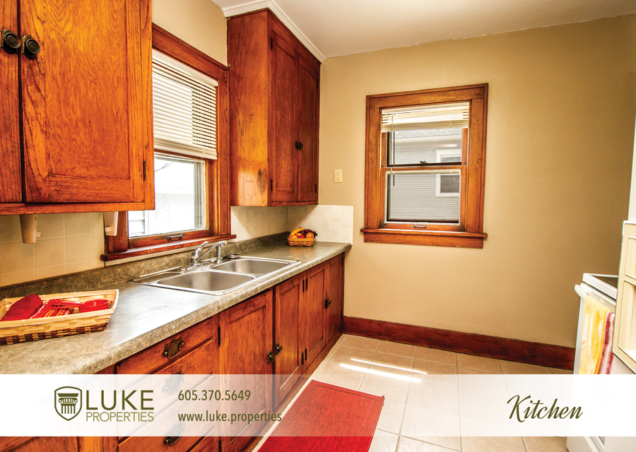 Luke properties 915 w 12th st sioux falls sd 57104 house for rent8