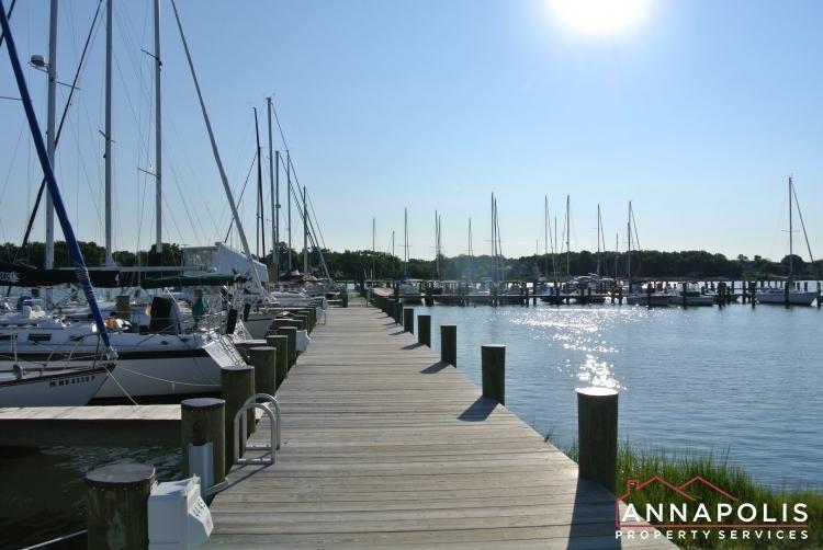 107 great lake drive id1040 marina