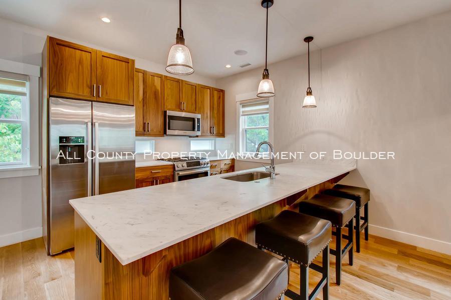 2056_walnut_st_a_boulder_co-large-010-22-kitchen-1500x1000-72dpi_-_copy