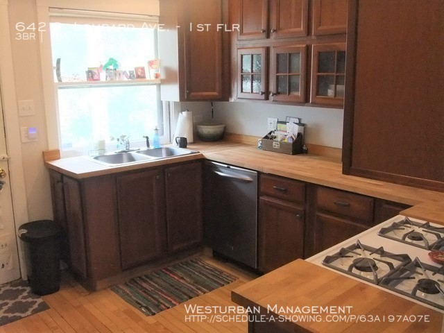 642_lombard_kitchen_1