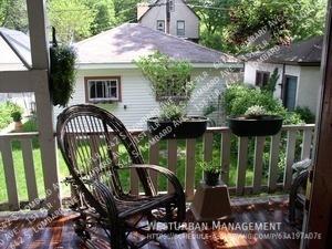 642_lombard_back_porch